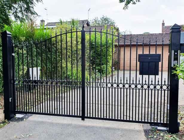 Aluminum-Gates
